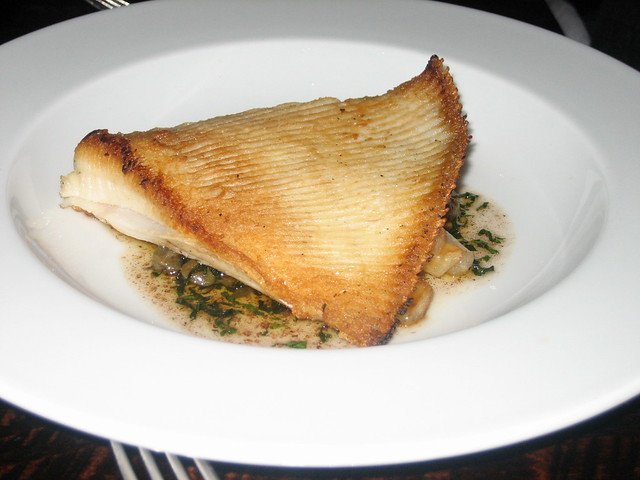pan fried skate wing w roasted salsify capers parsley