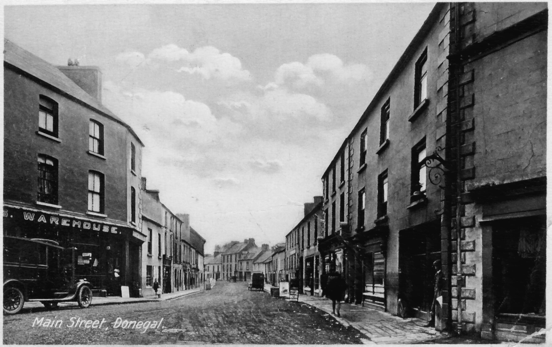 Old photo of Main Street, Donegal