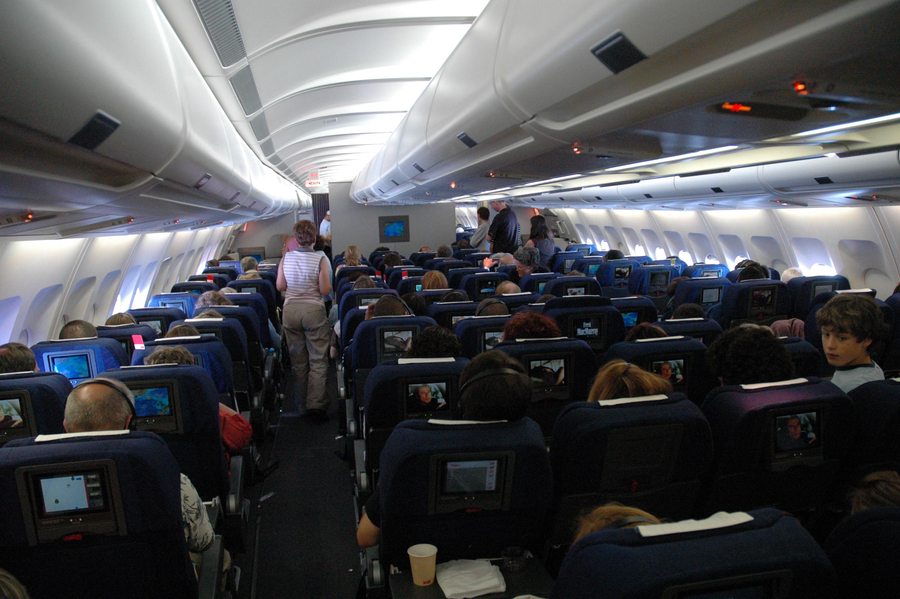 Seatguru Airbus A330 300 Delta