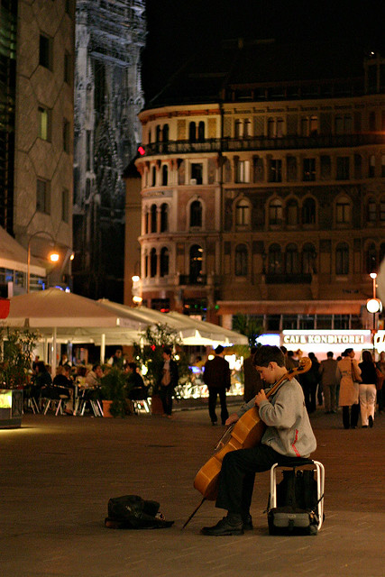 A young Chello player at the Graben in Vienna