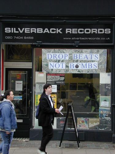 DSCN5986-drop-beats-not-bombs