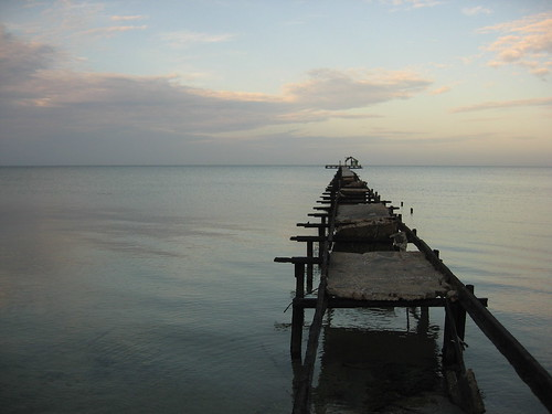 morning travel sea sun broken clouds pier early still quiet cuba peaceful 2006 calm isladelajuventud