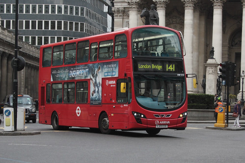 Arriva London South DW513 LJ13CCO
