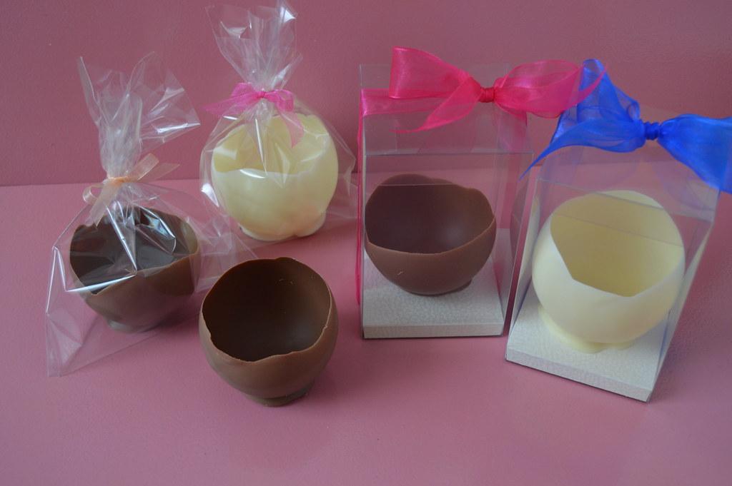 Csokoládé kehely desszertekhez