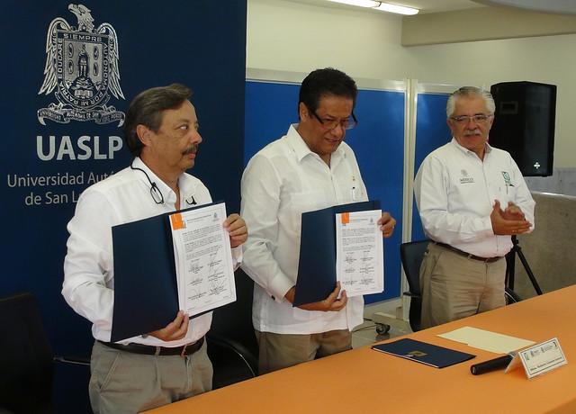 La UAMZH de la UASLP y el IMSS firman convenio de colaboración