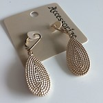 Two for one switcheroo textured earrings