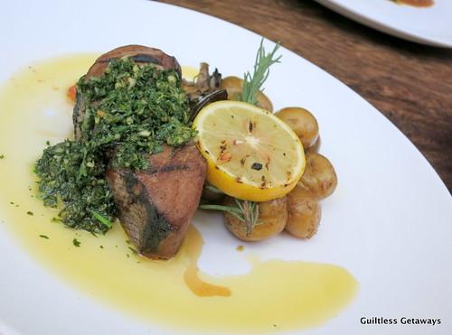 gourmet-farms-restaurant-dining-room.jpg