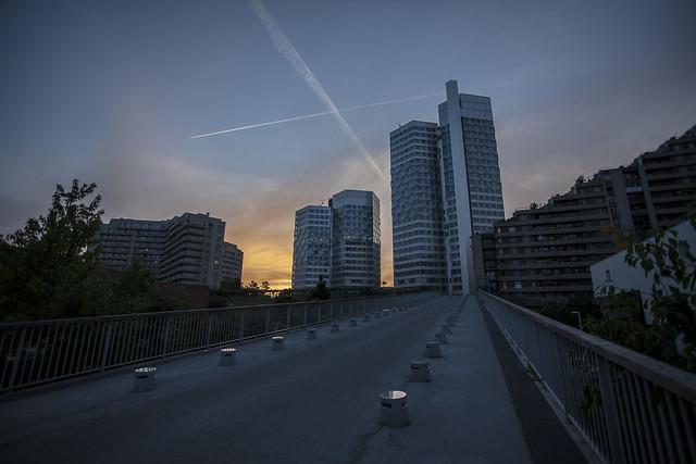 Citylights in the sunset (MG_1578b)