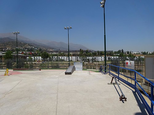 skatepark_lo_barnechea  Skatepark de lo Barnechea 19341774746 2a003ca7f8
