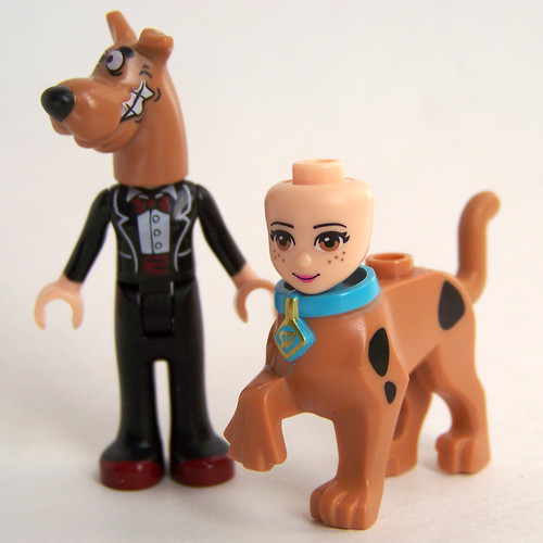 LEGO Scooby head come off