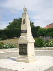 17-Moragne* - Photo of Saint-Crépin
