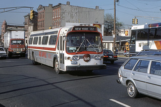 US NJ Hoboken Red Apple Bus Co. GMC Fishbowl #105 - Willow Ave @ 19th St. Weehawken