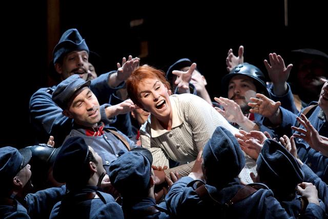 Anna Devin in La Fille du régiment, The Royal Opera © ROH/Catherine Ashmore, 2014