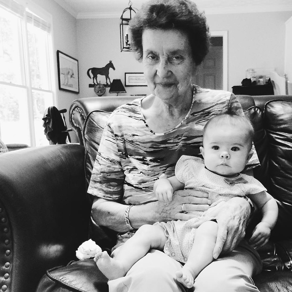 Sinclair and her Uroma (greatgrandmother). #instasinclair #baby #greatgrandmother #uroma #children #childhood