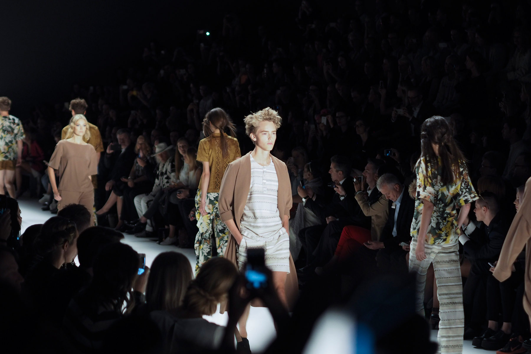 mercedes benz fashion week berlin mbfwb ss 2016 recap cats & dogs fashion blog ricarda schernus 13
