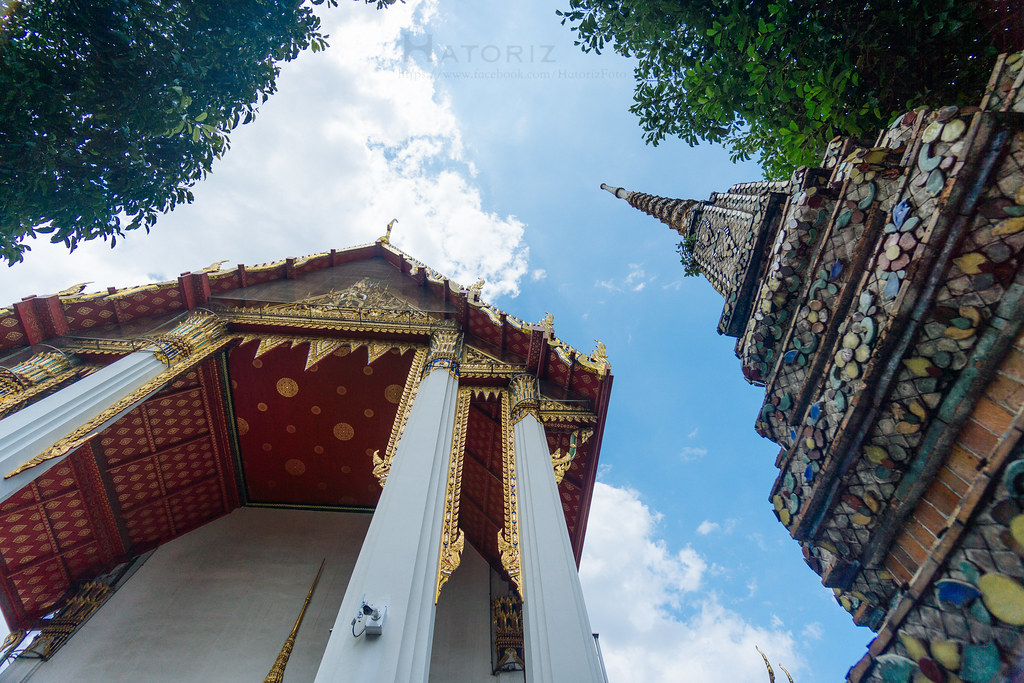 Sunny day at Wat Po