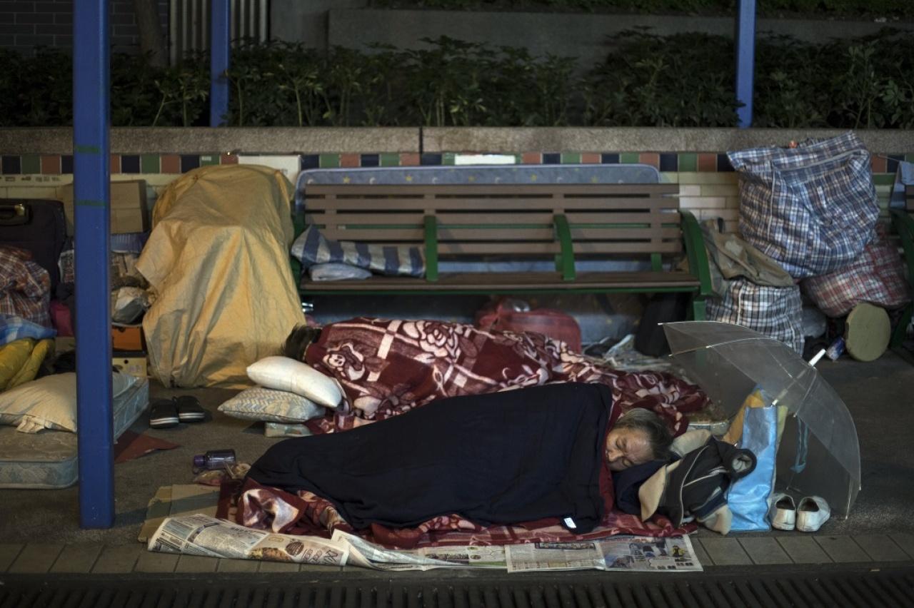 冬天雖冷,但無家者的困境是來自天氣的嚴寒,還是政府的冷漠?(陳焯輝攝)