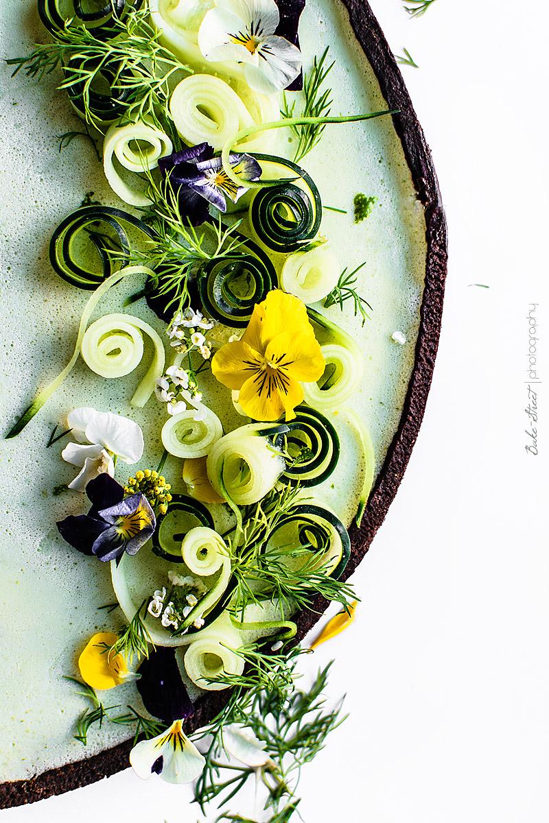 Tarta salada de pepino y cilantro