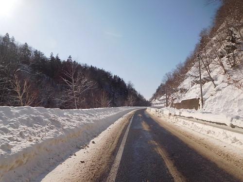 雪はあるけどほぼ舗装路