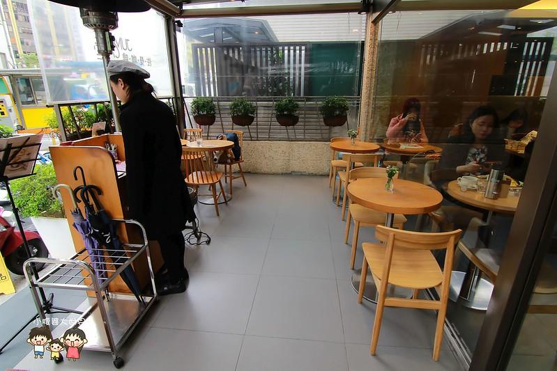 佐曼咖啡館 007