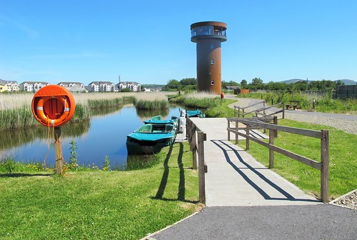 life ireland irish tower reed water electric fence boat bed outdoor path bluesky kerry viewing tralee buoy hff canong11 fencefriday traleebaywetlandcentre