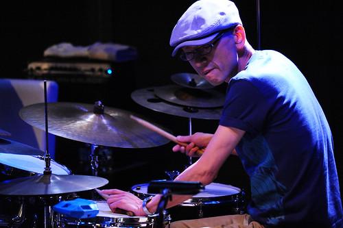 Shinichiro Kamoto (drums)