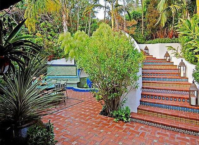 Тропический сад у дома в Голливуде