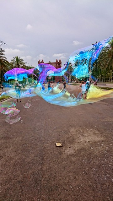 Soap bubble in front of Arc De Triomf