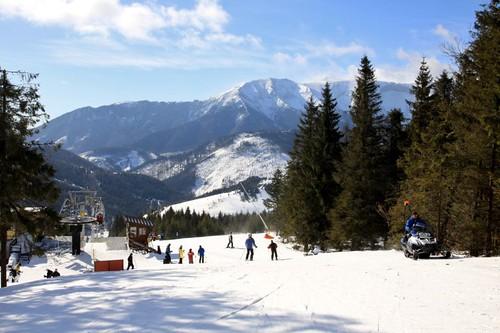 Jednodenní skipas do lyžařského střediska BACHLEDKA se 40% slevou