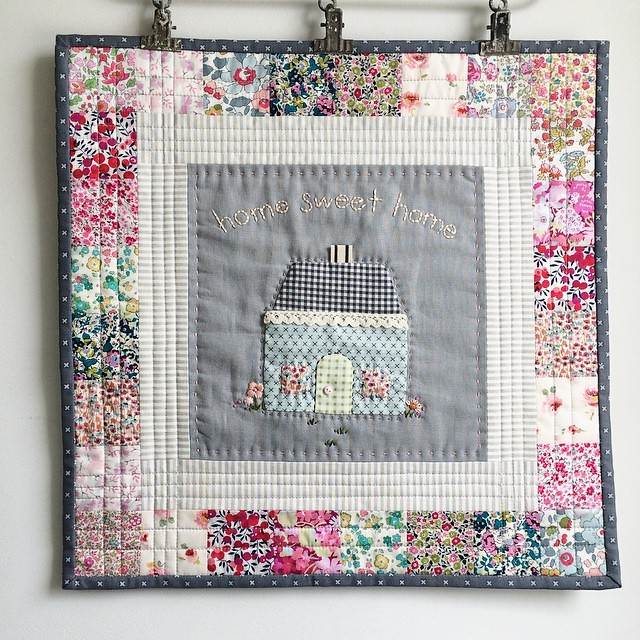#mysweethome mini quilt. Finished? Liberty patchwork and Kaufman Essex linen center. Lecien modern basics for the binding. I feel like it's not quite ready for gifting. What do u think? (Ps. Pattern is in my etsy shop)