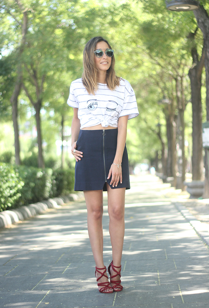 Stripped Shirt Blue Skirt Summer Outfit13