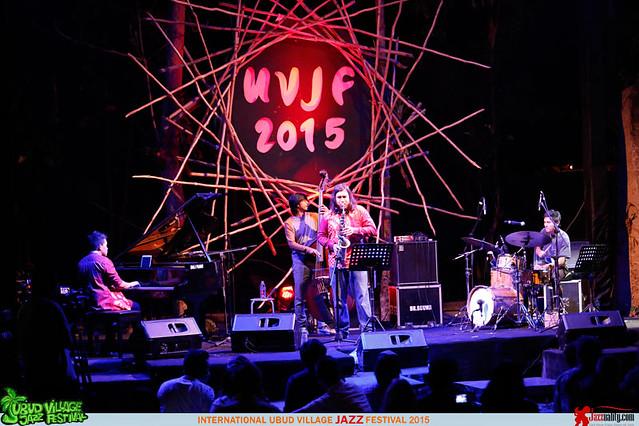 Ubud Village Jazz Festival 2015 Day 2 - Sandy Winarta (1)