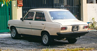 1970–1973 Datsun 1200 (B110) 4-door saloon