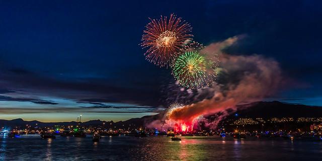 Canada: Celebration of Light Vancouver 2015