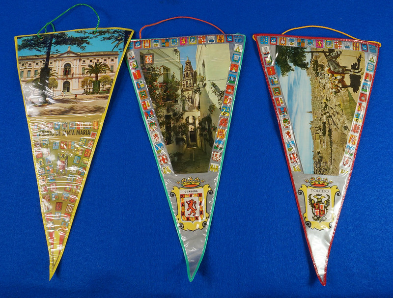 RD15162 Assortment of 10 Travel Pennant Flags From Andalusia, Spain & Vicinity DSC08719