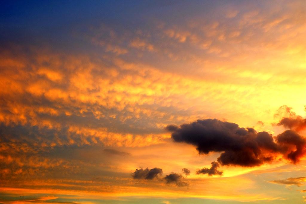 看完車展要冷靜一下,大肚山夕陽