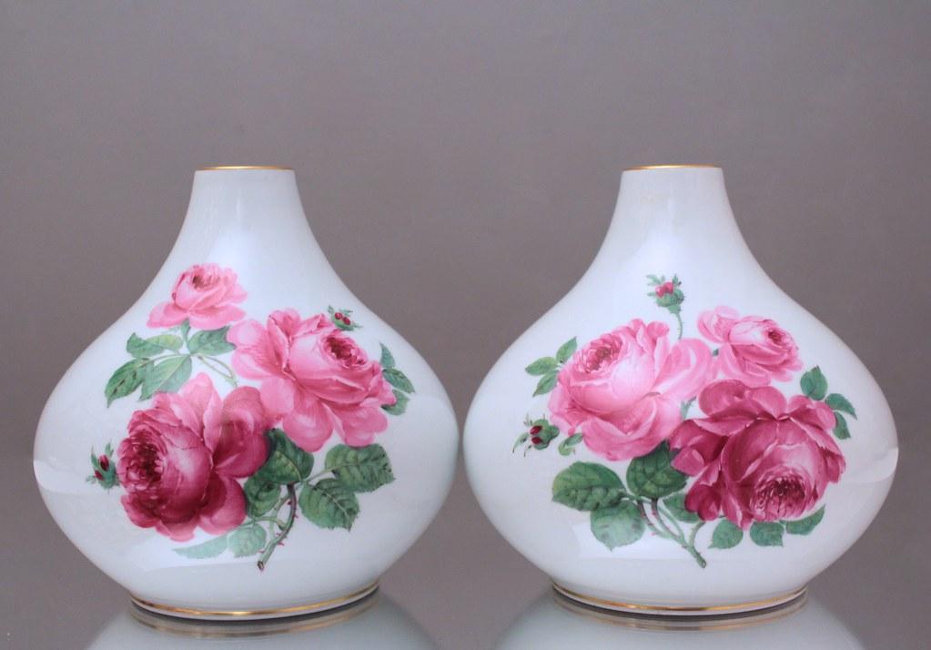 meissen paar gro e vasen rosen nach braunsdorf kugelvase knaufzeit vase ebay. Black Bedroom Furniture Sets. Home Design Ideas