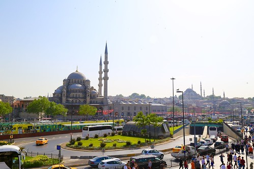 New Mosque with the Suleymaniye Mosque in the background
