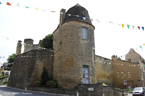 24 St-Alvère - Château