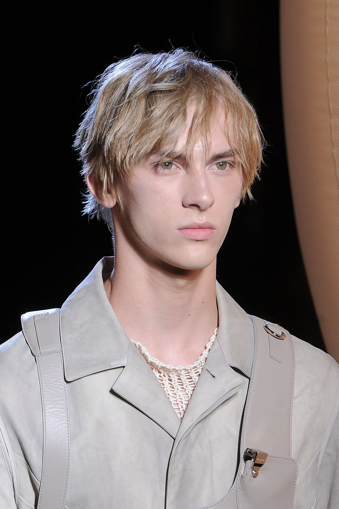 Dominik Sadoch3412_SS16 Paris Wooyoungmi(fashionising.com)
