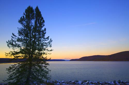 quabbin massachusetts belchertown sunset twilight winter