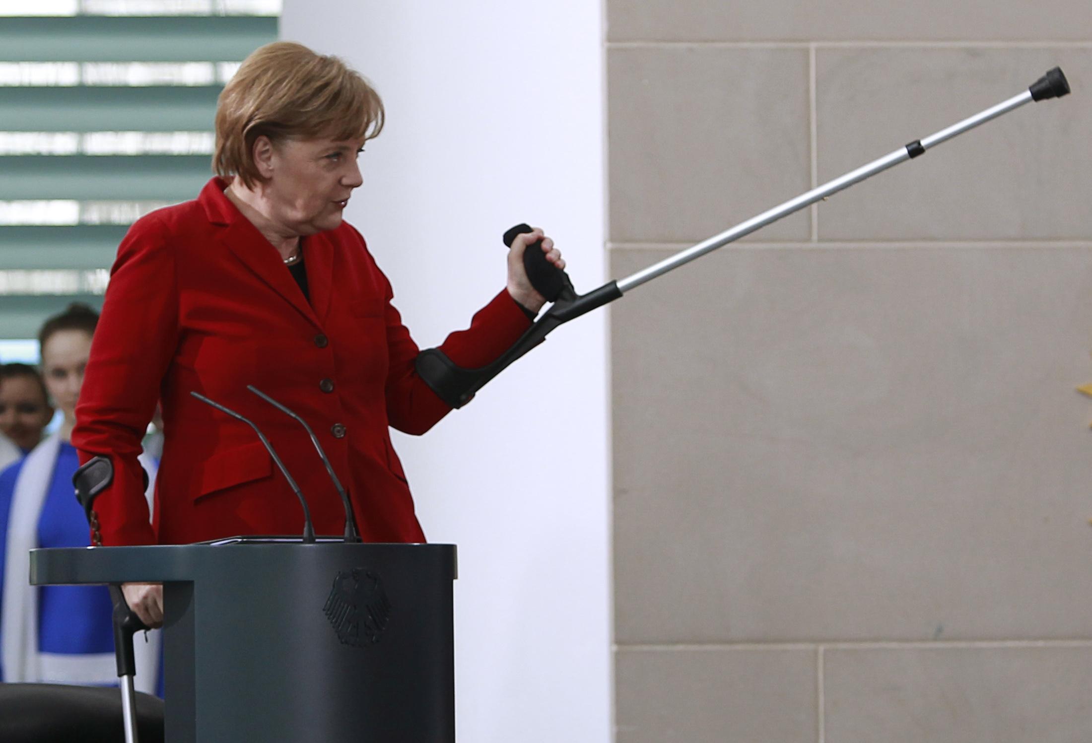 GERMANY-MERKEL/ACCIDENT