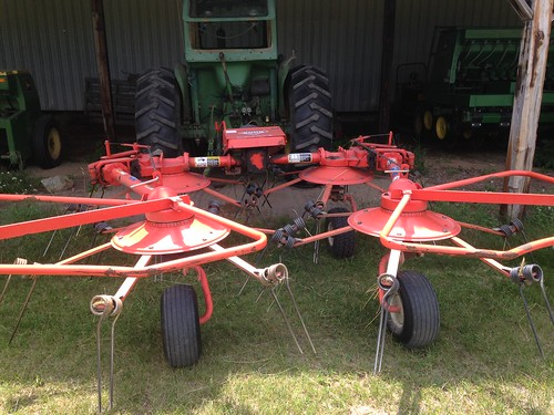 Tedder: hay making equipment