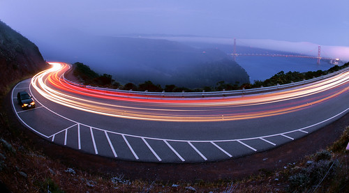Impending Fog on Conzelman Road por Ian Chamberlain