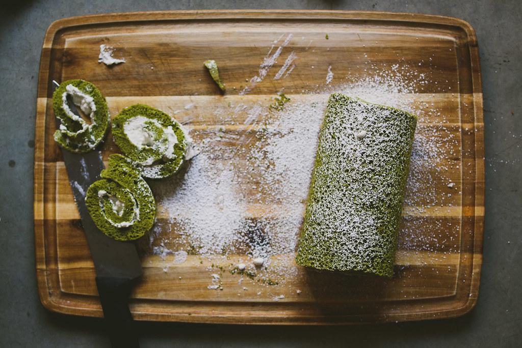 Japanese Towel Cake Recipe: How To Make Green Tea Matcha Rolls At Home
