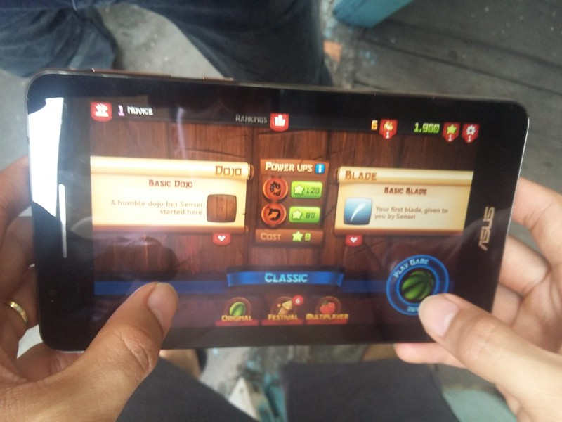 Trải nghiệm chơi game giải trí cùng Asus Fonepad FE171CG - 85088