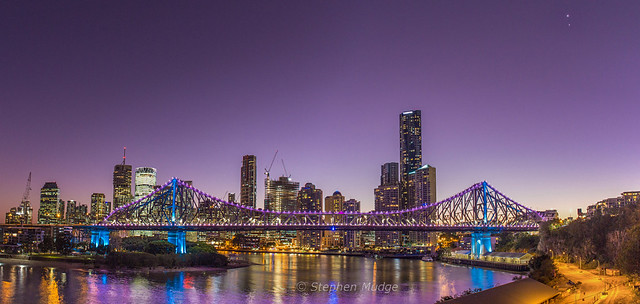 Jupiter and Venus over Story Bridge 3Jul15 #2 small