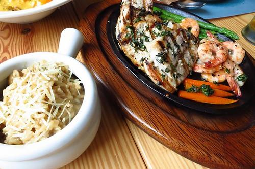 Parrilla marina con risotto
