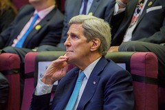 U.S. Secretary of State John Kerry listens to an introduction before delivers a speech on U.S.-Singaporean relations and U.S.-Asia trade and investment policy on August 4, 2015, at Singapore Management University in Singapore, Singapore. [State Department Photo/Public Domain]