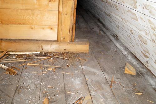 Loft ved kontorfløy bak vegg brutt inn ved rom 38 (27)